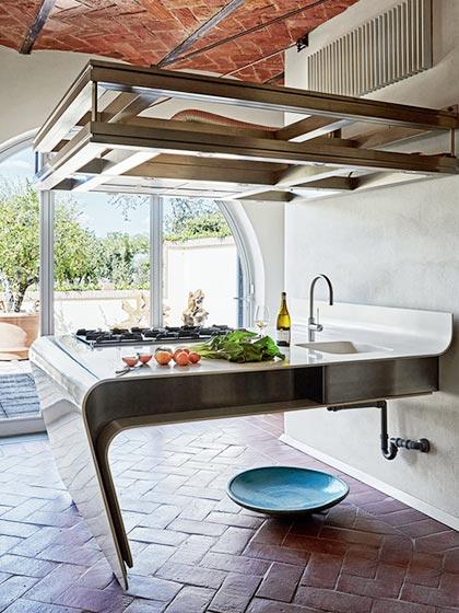 简欧别墅厨房不锈钢灶台设计