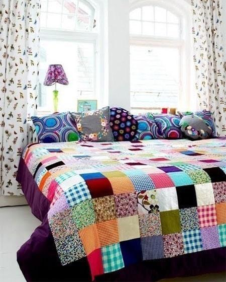 卧室彩色床品效果图设计