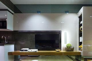 35平一居室餐桌隔断设计