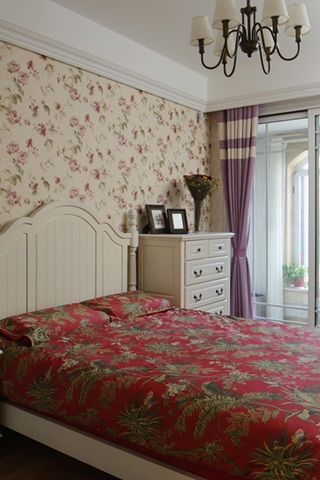 简约欧式风格装修主卧室设计