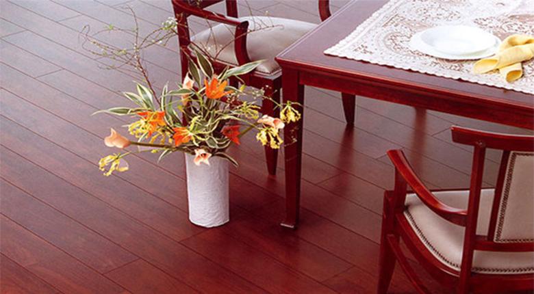 实木地板和复合地板的区别 分别有哪些优点