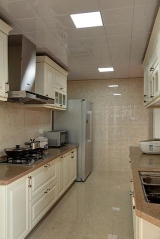 欧式风格三居室装修厨房设计装修
