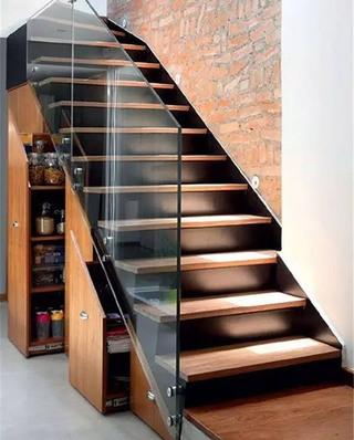 楼梯下橱柜收纳效果图
