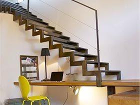 化解空闲难题  10个楼梯空间改造设计图