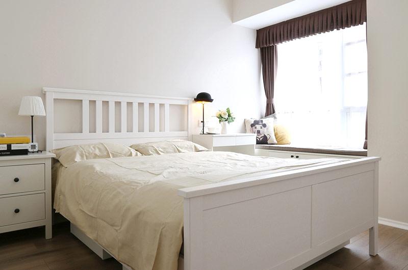 明亮简洁北欧风主卧室效果图