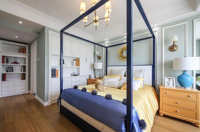 145平美式样板房卧室床架图片