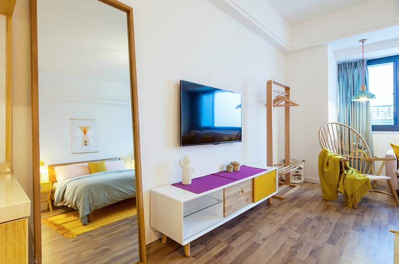 北欧风格一居室电视柜设计