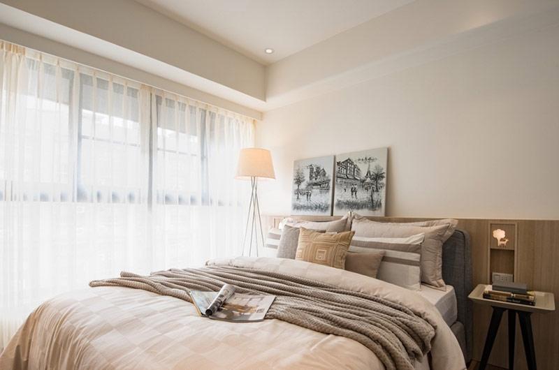 60平日式二居室卧室窗帘设计