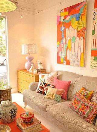 客厅色彩搭配布置摆放图