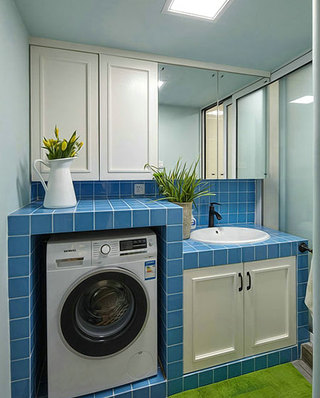 75平美式混搭二居卫生间装潢图