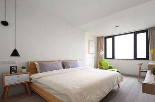 简约风格三室两厅卧室木床图片