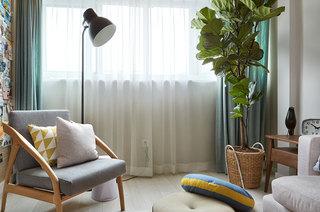 混搭风格公寓客厅窗帘效果图