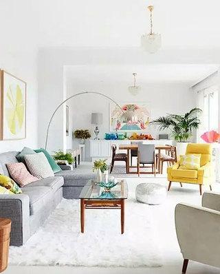 客厅白色地毯装修设计