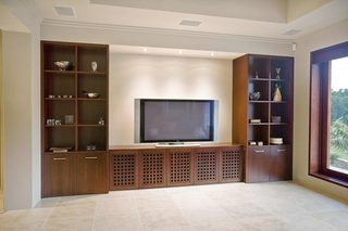 收纳型电视背景墙装修参考图片