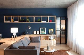 工业风混搭客厅背景墙设计
