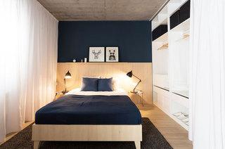 一室一厅小户型卧室衣柜图片