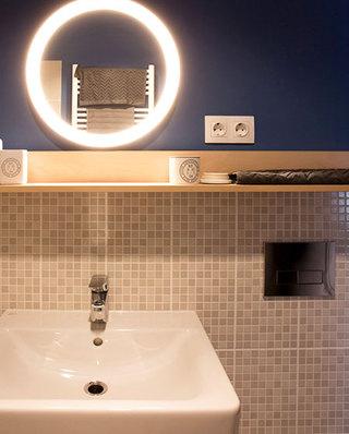 现代混搭风 个性洗手台背景墙设计
