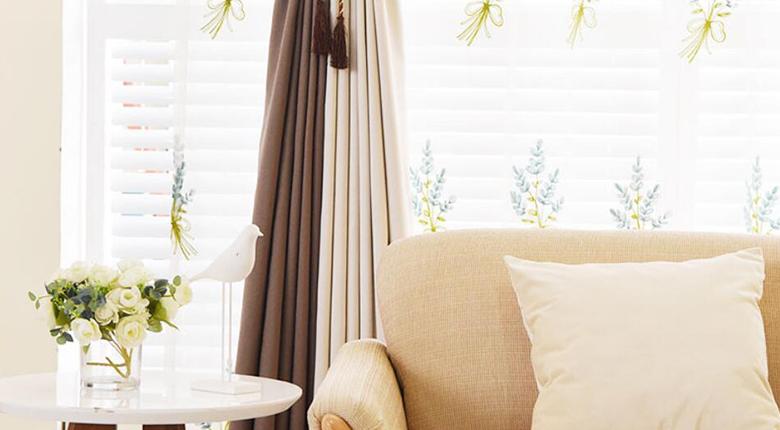 卧室窗帘什么颜色好 窗帘颜色很重要