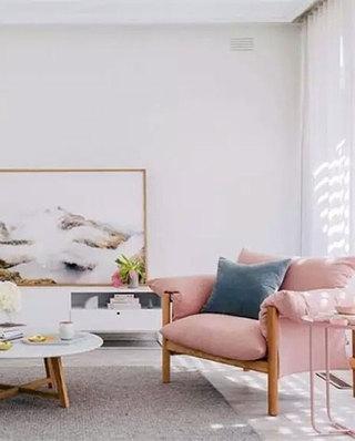 客厅时尚粉色小沙发图片