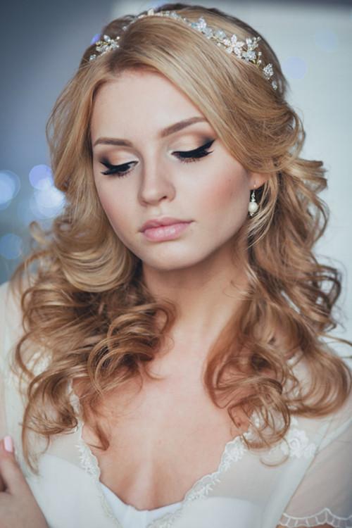 婚纱照新娘发型图片 新娘发型设计与脸型搭配图片