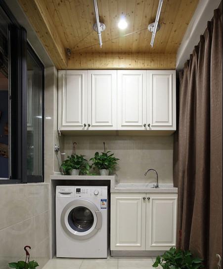 阳台晾衣架效果图 小阳台中晾衣架的完美布置方案