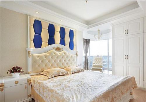 床头软包背景墙装修效果图 床头软包提升家居气质图片