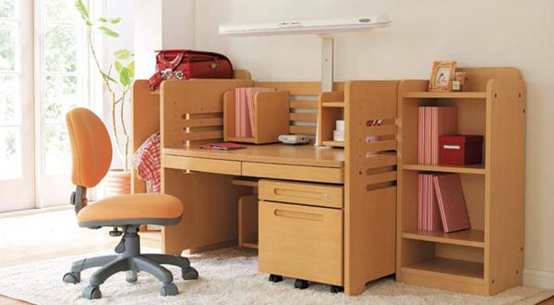 儿童写字台的尺寸有哪些 儿童写字台怎么挑选
