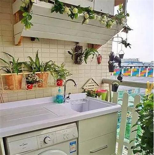 阳台洗衣房装修效果图 美观与实用兼顾的阳台洗衣房设计图片