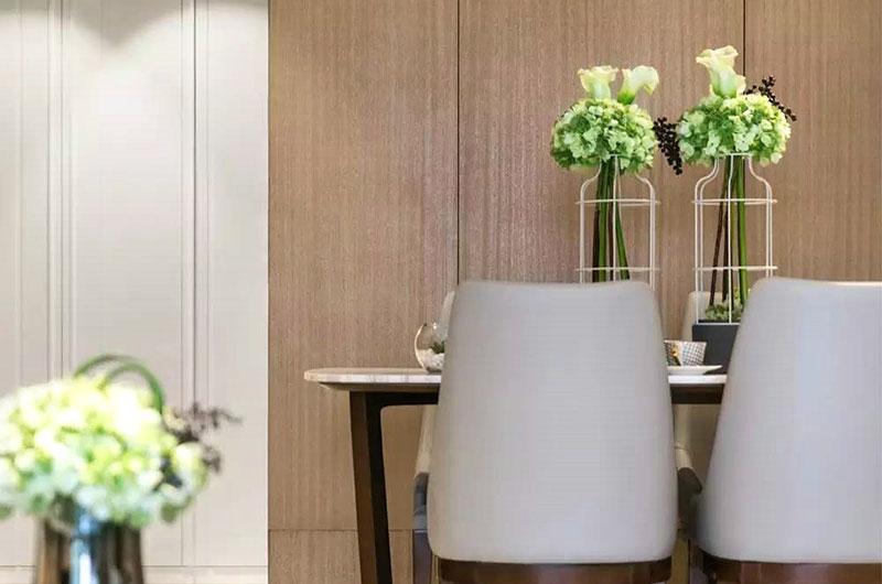 简约风格公寓装修餐厅木质背景墙