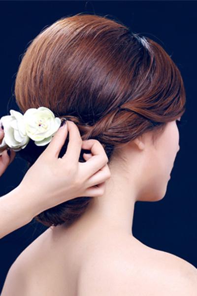 简单韩式新娘发型步骤有哪些 优美造型缔造最美新娘