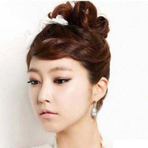 带刘海的新娘发型怎样盘好看 新娘发型欣赏