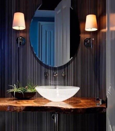 现代风浴室装修装饰效果图
