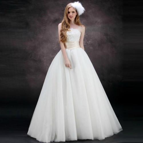 婚纱礼服图片欣赏 婚纱礼服挑选小技巧