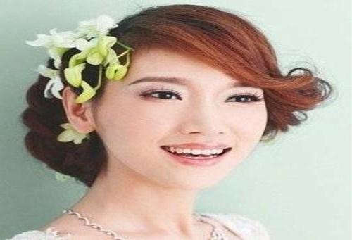 新娘发型详细步骤有哪些
