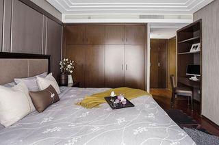 现代中式三居室装修卧室衣柜设计