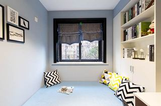 130平简约三房装修书房效果图