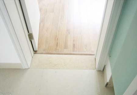 资讯 新闻 行业新闻 正文  1,如果是木地板或复合地板,可以考虑.