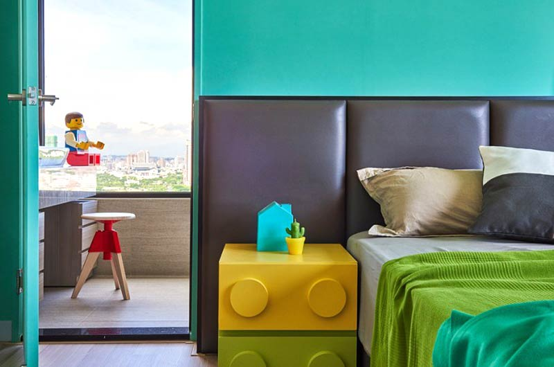混搭风格两居室装修卧室床头软包