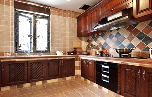 美式厨房效果图 美式乡村开放式厨房装修案例图片
