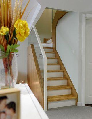 日式风格楼梯装修效果图片