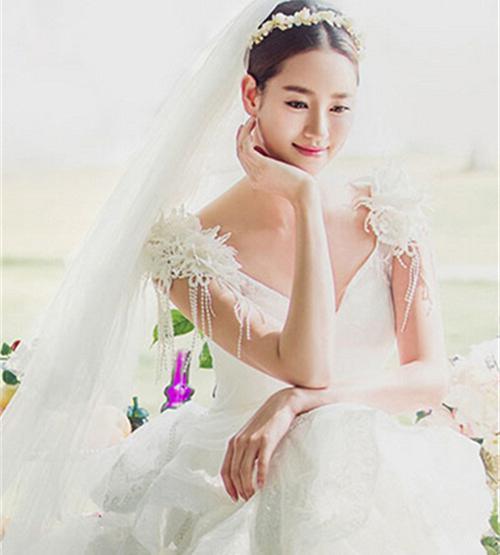 韩式婚纱照新娘造型特点 2017韩式新娘婚纱照图片