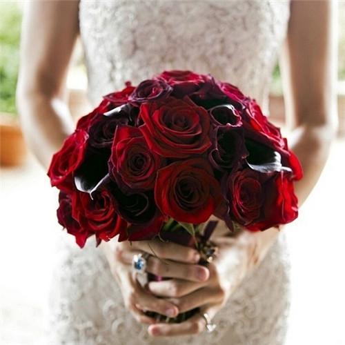 新娘手捧花_新娘手捧花的含义 手捧花一般多少朵