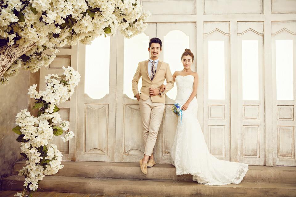 室内婚纱照价格是怎样的 拍内景婚纱照一般多少钱