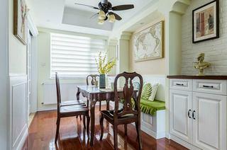 135平美式三居室餐厅设计图