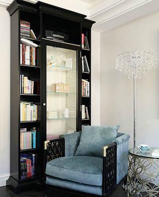 350平混搭风格别墅书柜设计图片