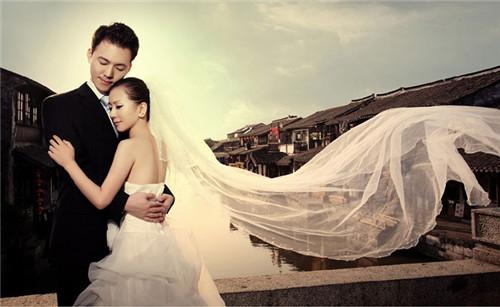 拍婚纱照大概多少钱_苏州婚纱照大概多少钱 苏州哪里拍婚纱照好看