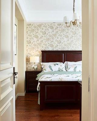 160平美式风格四居卧室壁纸图片