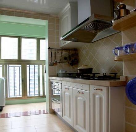 阳台厨房装修效果图 阳台摇身一变成厨房