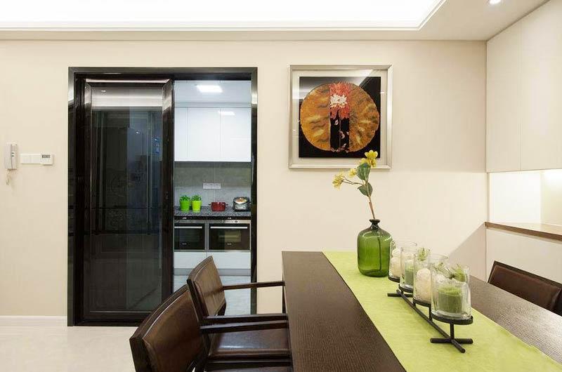 120平简约三居室餐厅装饰画