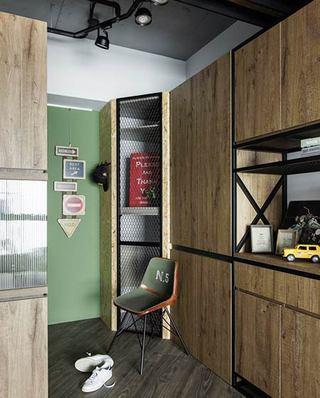 70平loft风格公寓玄关效果图